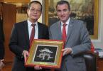 Reunión con el embajador de Vietnam